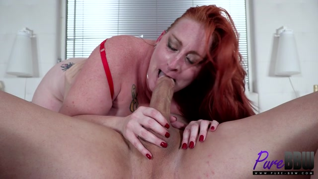 Pure-BBW_presents_Dawna_Dikengob_-_Sensual__seductive__and_ready_for_action___03.02.2021.mp4.00009.jpg