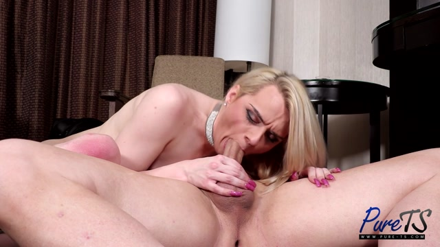 Watch Online Porn – Pure-ts presents Blondie Banks Taking A Break From The Grind – 23.02.2021 (MP4, HD, 1280×720)