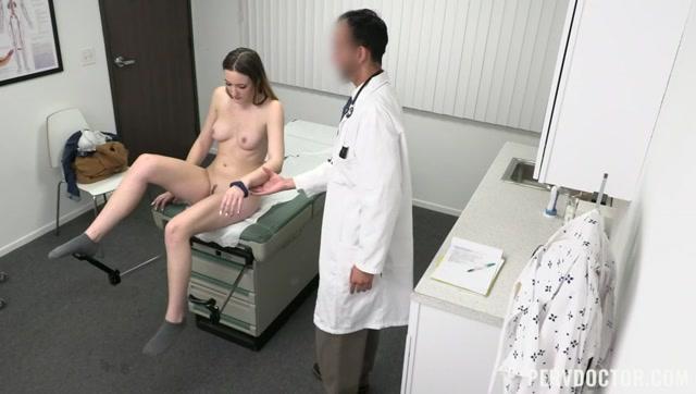 Watch Online Porn – TeamSkeet – PervDoctor presents Everly Haze – Getting My Prescription – 14.02.2021 (MP4, SD, 848×480)