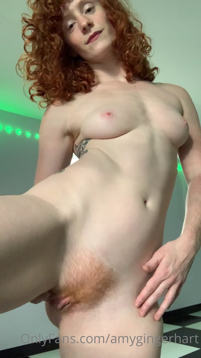amygingerhart_29-12-2020-1542119689-how_do_you_want_to_take_me.mp4.00014.jpg