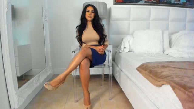 makayla_divine_custom_foot_fetish_mesmerize_pt_1.mp4.00001.jpg
