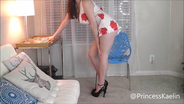 princess_kaelin_popping_the_pervert.mp4.00009.jpg