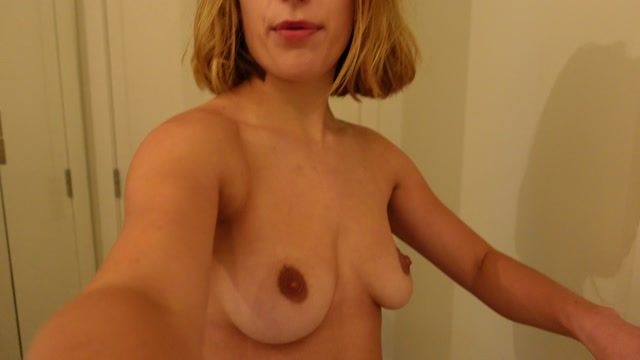 ray_gonewild_30-10-2020-151494580-Here_s_a_tour_of_my_home_Strange_apartment_though_it.mp4.00005.jpg