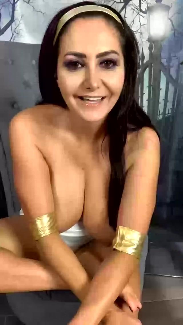 Ava_Addams_29-10-2020-150772645_Video.mp4.00008.jpg
