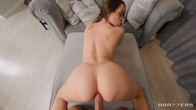 Brazzers_-_DayWithAPornstar_presents_Luxury_Girl_-_LuxuryGirl_Is_Anal_About_Cleaning___31.03.2021.mp4.00011.jpg