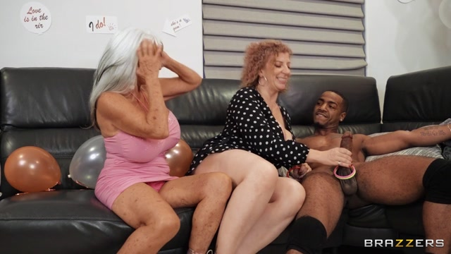 Watch Online Porn – Brazzers – MilfsLikeitBig presents Sara Jay, Sally D'Angelo – Double Dip On The Magic Stick – 13.03.2021 (MP4, FullHD, 1920×1080)