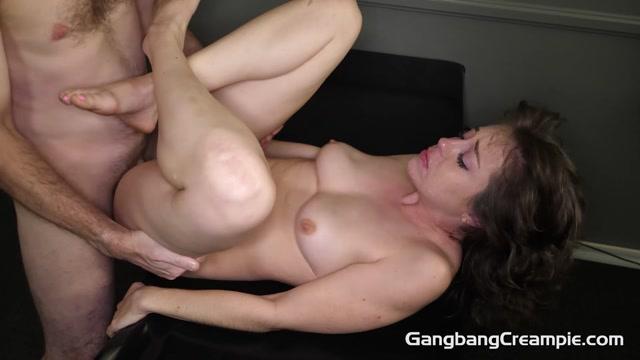 GangbangCreampie_presents_Jenna_Noelle_-_GangBang_Creampie_289___05.03.2021.mp4.00007.jpg