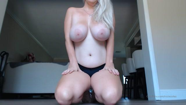 Goddess_Rosie___titty_lovers.mp4.00013.jpg