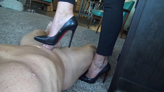 Goddess_Zephy_-_Louboutin_shoe_job___with_CBT_.mp4.00001.jpg