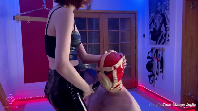 Lady_Perse_-_Deepthroat_competitions_for_my_slaves_to_choose_next_pussy_boy.mp4.00008.jpg