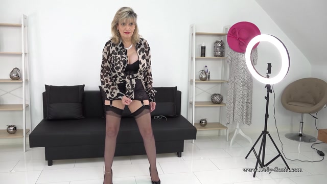Lady_Sonia_2021.02.20_Bitchy_Auntie_Live_Stream_Footage.mp4.00004.jpg
