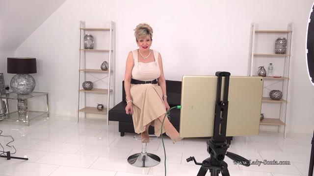 Lady_Sonia_2021.02.20_Busty_Office_Live_Stream_Footage.mp4.00000.jpg