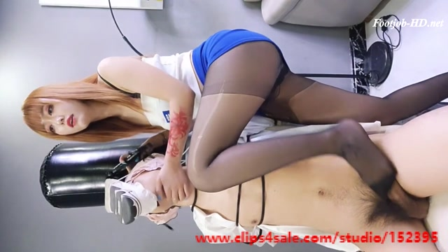 Madden__The_cruel_and_crazy_Chinese_goddess_uses_men_as_toys__-_Asian_Goddess_Training_League.mp4.00003.jpg