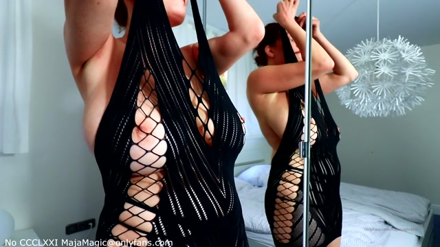 Maja_Magic_-_Cleo_s_Hot_Black_Lingerie_Strip.mp4.00006.jpg