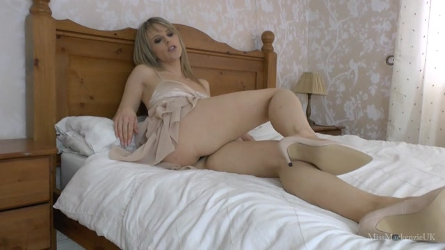 Miss_Mackenzie_You_May_Look_Like_an_Alpha_but_You_Have_a_Tiny_Dick.wmv.00014.jpg