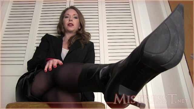 Mistress_T_-_Bitch_Boss_Controls_You.mp4.00011.jpg