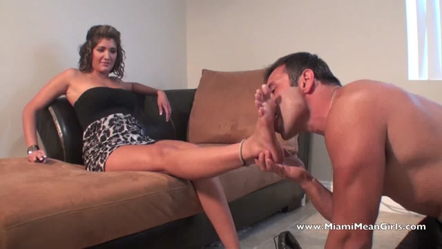 Princess_Kayla_In_Scene__Boots_For_Going_Out_From_A_Slave___AMERICAN_MEAN_GIRLS___MIAMI_MEAN_GIRLS.mp4.00002.jpg