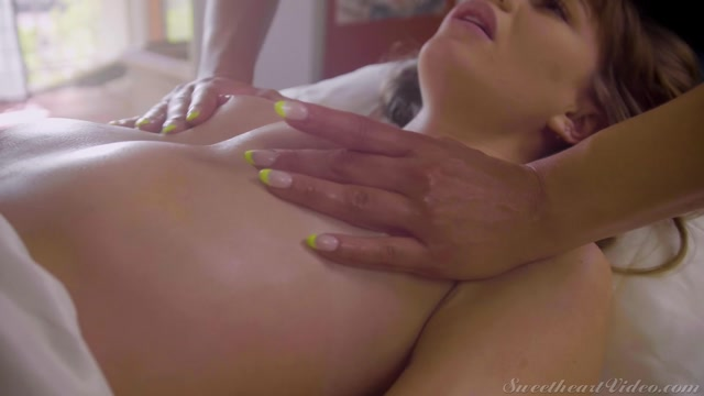 SweetheartVideo_presents_Aidra_Fox__Naomi_Swan_-_The_Seductive_Art_of_Massage_Scene_4___22.03.2021.mp4.00004.jpg