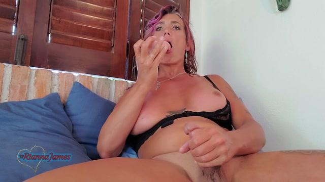 Ts_Rianna_James__Close_Up_Dildo_Fuck_With_Double_Cum.mp4.00005.jpg