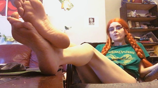 pink_pagan_-_Foot_Fetish_Degration_Pt._4_-_ManyVids.mp4.00014.jpg