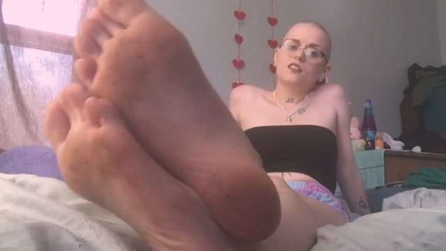 pink_pagan_-_Foot_Fetish_Degredation_Pt._6.mp4.00004.jpg