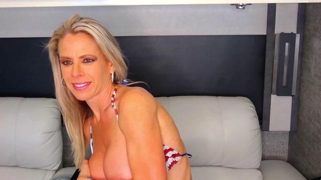 Watch Online Porn – swingintourist 140320212028 female Chaturbate (MP4, FullHD, 1920×1080)