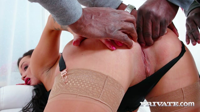 AnalIntroductions presents Daphne Klyde - Gonzo Threesome With DP – 28.04.2021 00002