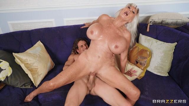 Brazzers - MommyGotBoobs presents Sally D