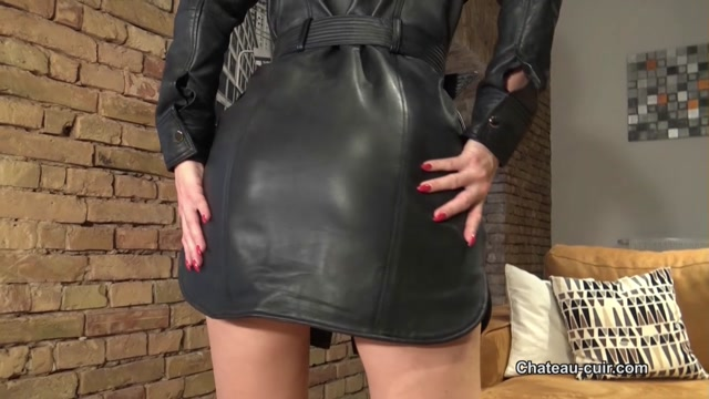 Chateau-Cuir_-_Fetish_Liza_-_Cum_tribute_for_My_leather_dress.mp4.00003.jpg