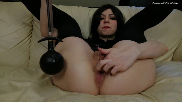 Watch Online Porn – Dismoralica pumping my asshole untill I squirting (MP4, FullHD, 1920×1080)