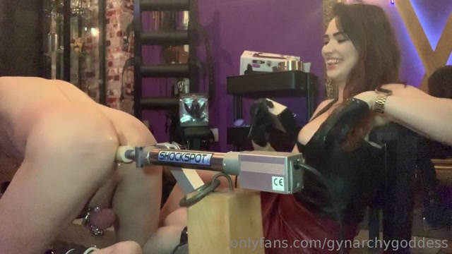 Goddess Serena In Scene: Introducing my slave to the Fucking machine 00003
