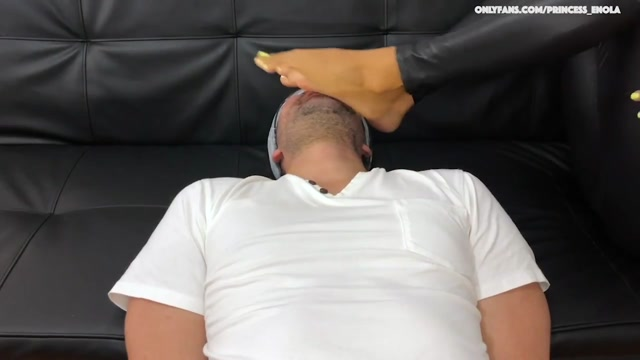 Watch Online Porn – Goddess Enola Fischer – Latex Foot Domination – Cruel Foot Worship While Stomping His Face (MP4, HD, 1280×720)