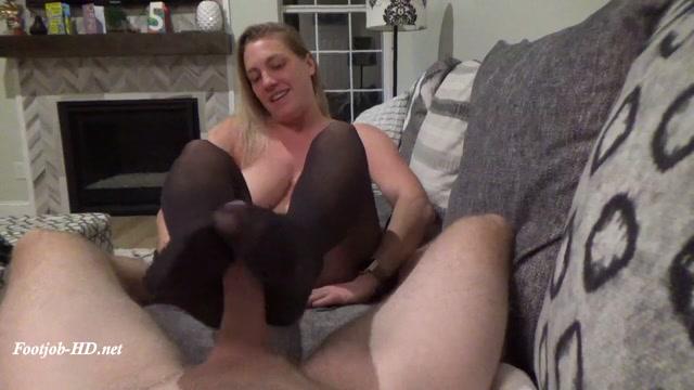 Handjob and Footjob with Stockings - Suckiefuckie 00008