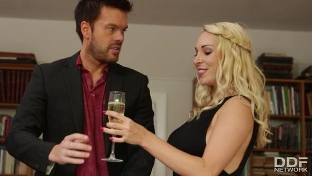 Watch Free Porno Online – HandsOnHardcore presents Victoria Summers – Voluptuous Blonde British Boss Blows Her New Hire – 06.04.2021 (MP4, SD, 960×540)