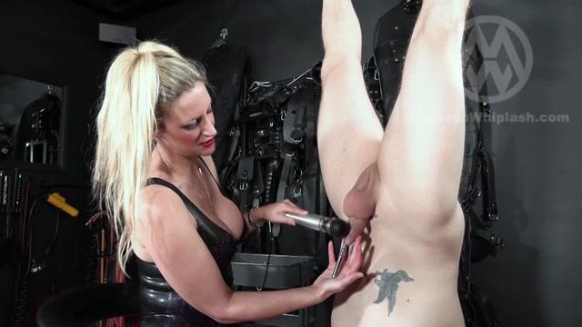 Mistress nikki whiplash