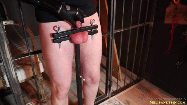 Melisande_Sin_-_Playing_with_a_cane_on_my_slave_s_balls_-_Latex_mistress_want_see_how_pain_your_balls.mp4.00003.jpg