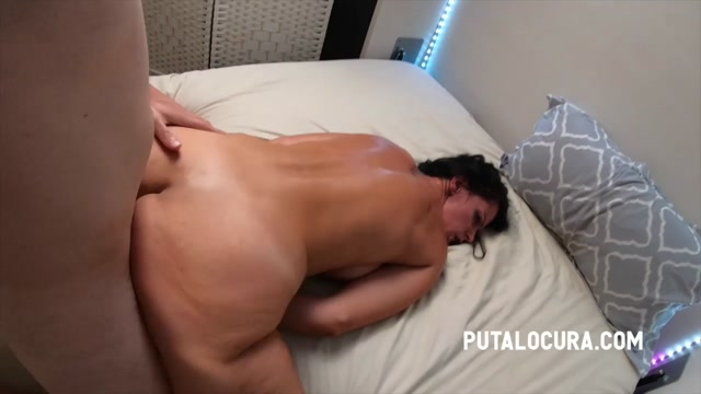 PutaLocura presents Nina Roca - MATURE WOMAN FUCKS THE BOY - COMO LE GUSTA A LA MADURITA – 28.04.2021 00013