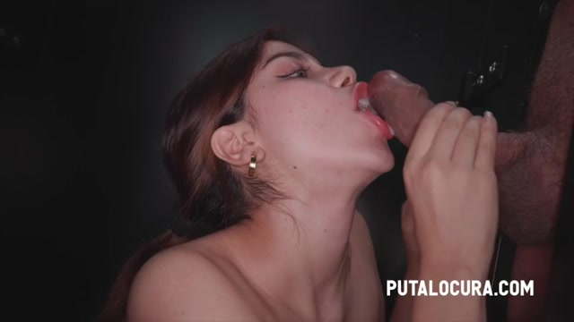 PutaLocura_presents_Marina_Gold_-_OH_YES__SHE_SWALLOWS_ALL__-_ESTO_SI_QUE_ES_TRAGAR.mp4.00008.jpg