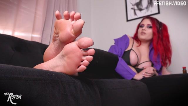 Raquel_Roper_-_Mind_Fucked_For_Feet_Ft_Miss_Roper.mp4.00009.jpg