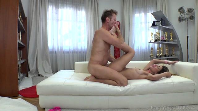 Watch Online Porn – RoccoSiffredi presents Sandra T Castings – 01.04.2021 (MP4, HD, 1280×720)