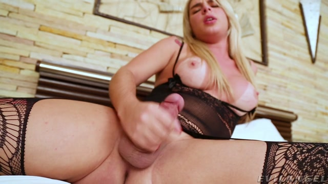 TSPlayground_presents_Carol_Penelope___04.04.2021.mp4.00014.jpg