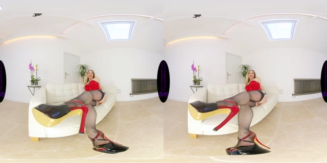 The_English_Mansion_-_Mistress_Sidonia_-_Doormat_Trample_JOI_-_VR.mp4.00004.jpg
