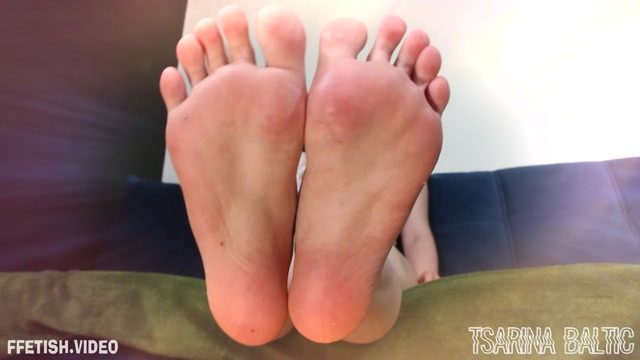 Tsarina Baltic - Nothing More Than A Foot Slut 00006