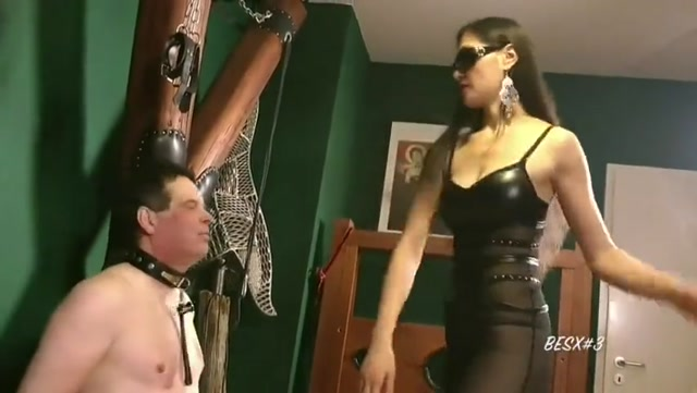 tribute_to_footgoddess_Leyla_and_her_friends.mp4.00002.jpg