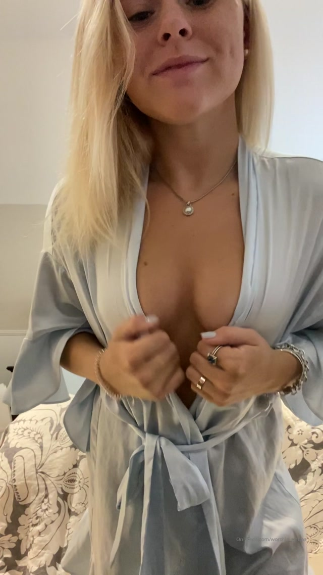 worship_emma_13-11-2019-86002608-Losers_dont_deserve_to_see_any_women_naked..mp4.00003.jpg