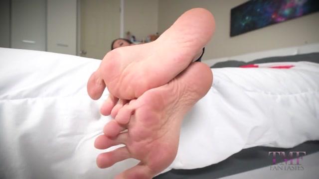 Ashlynn Taylor - Rewarding Boyfriend POV Dangling Smelly Wrinkled Soles Foot 00012