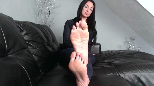 Goddess Danielle Lace - My Devoted foot boy 00001