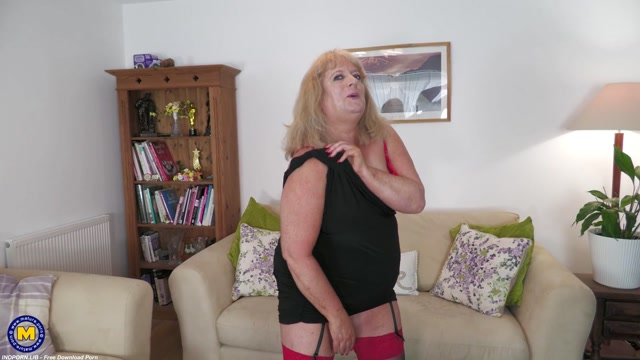 Mature.nl presents Nicola Hotwife (EU) (57) - First Timer Nicola Hotwife is an amateur BBW that goes all the way 00005