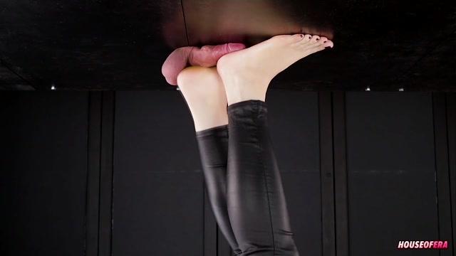 Russian Mistress Mary Feet