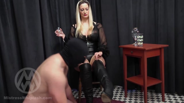 Nikki whiplash mistress London